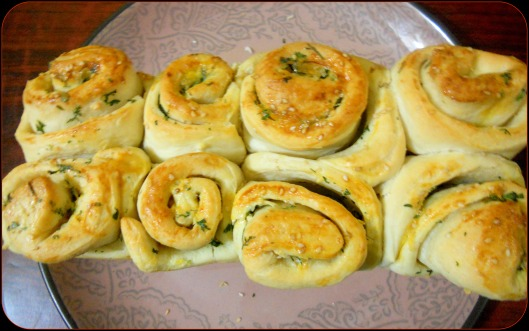 Butter Garlic Bread Rolls