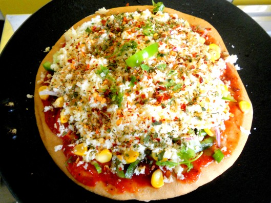 Pizza Base with Veg Toppings